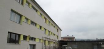 Uređivanje fasade na zgradi u ulici 126. Ilijaške brigade