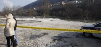 Iz rijeke Bosne izvučeno vozilo i tijelo stradale djevojke