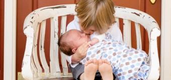 Od danas  podjela januarskih dječijih dodataka i naknada za porodilje