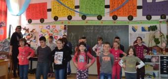 Đaci pješaci iz Srednjeg: Sretna i vesela djeca