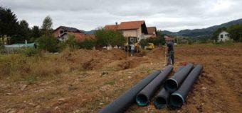 """Započeli radovi na proširenju kanalizacione mreže u Industrijskoj zoni """"Luka"""""""