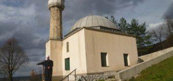 Sutra tradicionalni Mevlud u Staroj džamiji Podgora