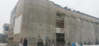 Počelo utopljavanje stambene zgrade u ulici 126. Ilijaške brigade broj 12 i 14