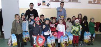 """Udruženje AMEKO Ilijaš realizovalo projekat """"Moj paketić"""""""