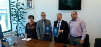 Potpisani sporazumi  za nastavak ulaganja u industrijske zone i uređenje korita rijeka u Ilijašu