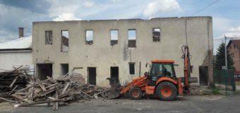 Počeli radovi na rekonstrukciji Društvenog doma u Podlugovima