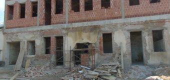 Intenzivni radovi na rekonstrukciji Doma u Podlugovima